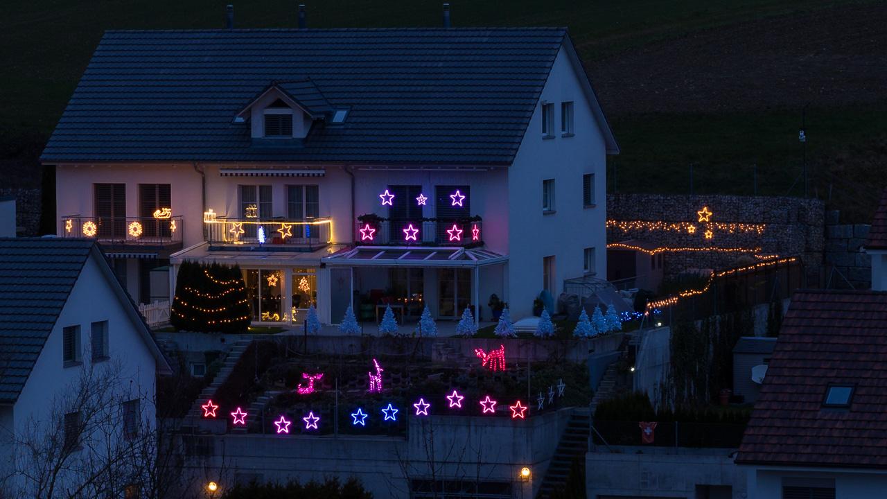 Weihnachtsbeleuchtung Außen Reduziert.Computergesteuerte Weihnachtsbeleuchtung Selbst Gebaut Heimwerkerking