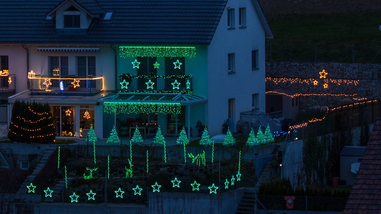 Wann Macht Man Die Weihnachtsbeleuchtung An.Computergesteuerte Weihnachtsbeleuchtung Selbst Gebaut Heimwerkerking